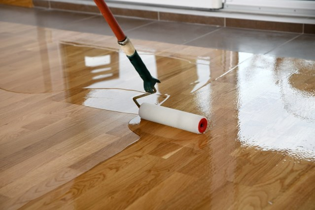 Why would you go for floorboard polishing? What are the benefits and how would you hire the experts?