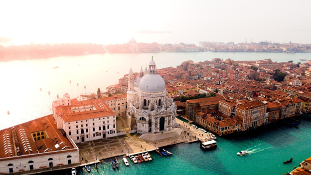 famous tourist attractions in venice