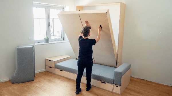 How Does a Murphy bed Work?