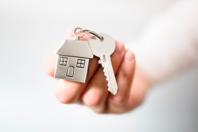 4 Ways to Select The Perfect Real Estate Agent