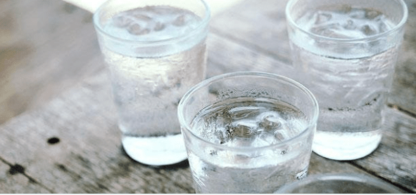 Does Carbonated Water Hydrate You Like Regular Water?