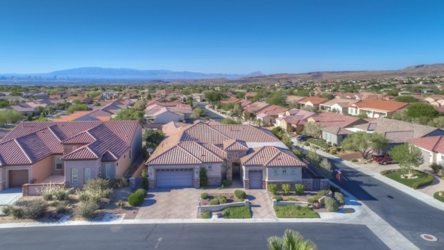 find homes for sale in Sun City Anthem Henderson Nv
