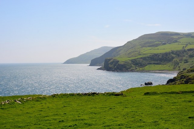 Travel Guide: Best Travel Things To Do In Ireland During All Seasons