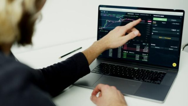 Monafoli Review – An Online Brokerage That Offers Complete Satisfaction To Traders