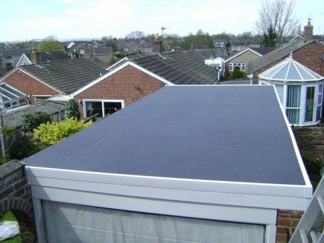 Types of Roofing and What are Flat Roof Replacement Advantages?