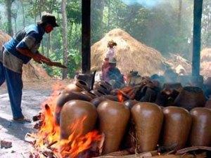Banyumulek-Pottery-Centre,-Lombok-Island-_-Nusa-Tenggara-1