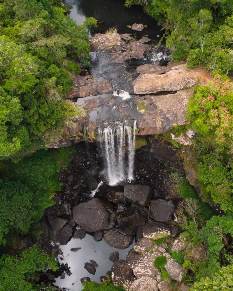 View of how to get to Zillie Falls waterfall