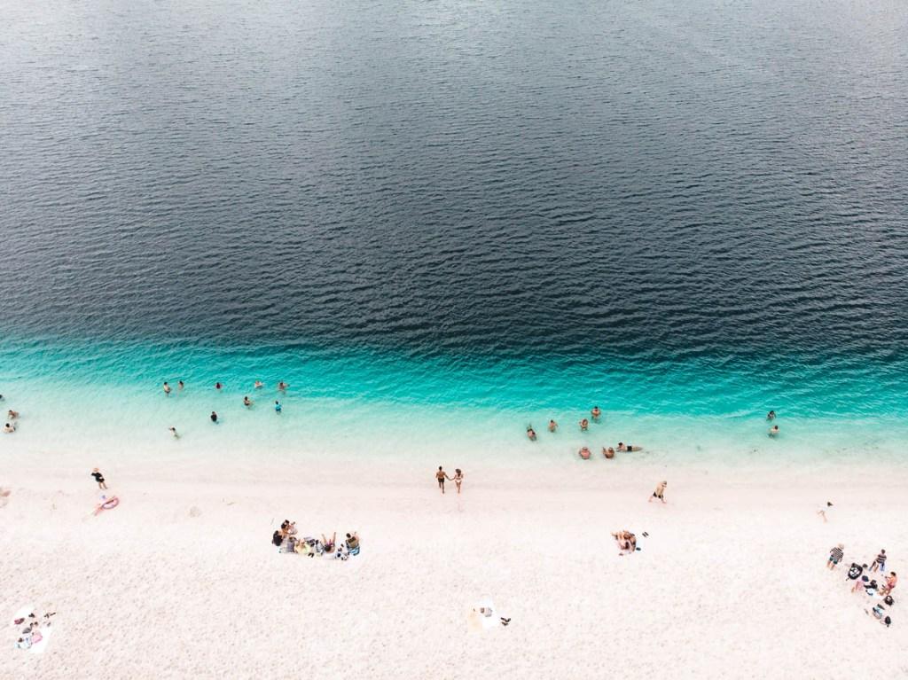 Bright blue water at Lake McKenzie on Fraser Island