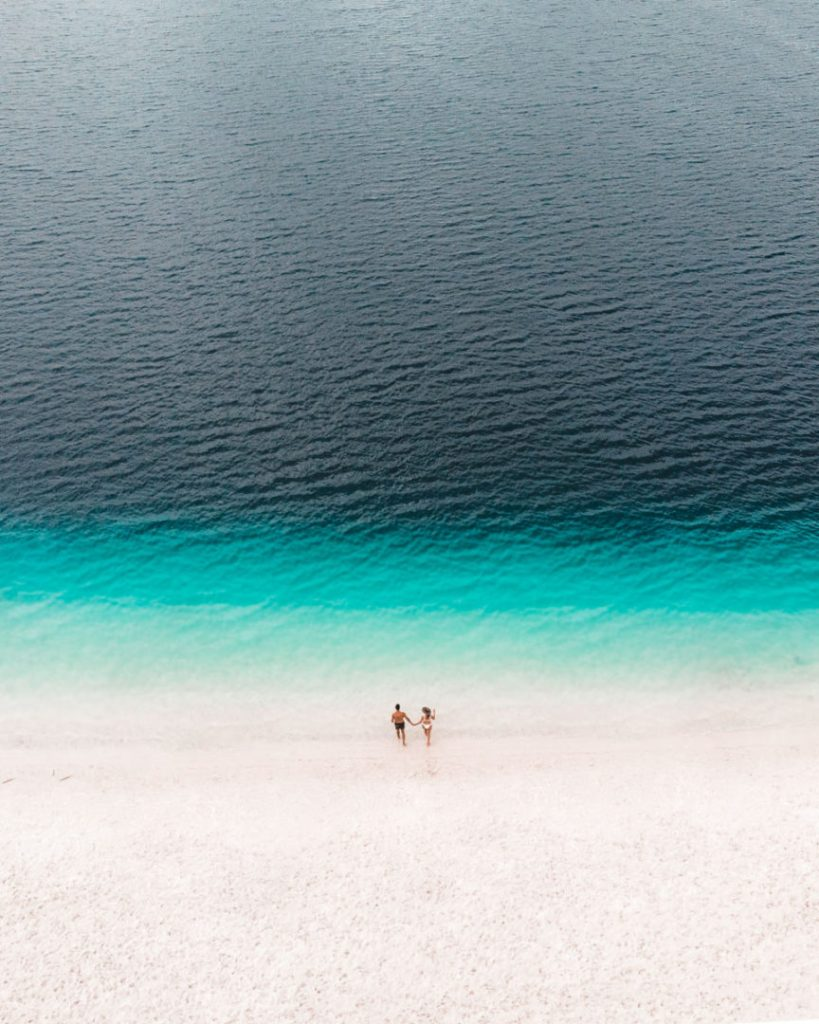 Couple on Fraser Island, Lake McKenzie