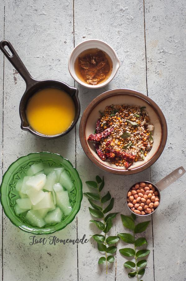 Poosanikai Varutha Arucha Kozhambu ingredients