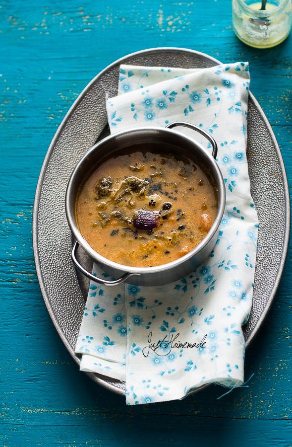 BasaLe Soppu Koddel |Mangalore style Malabar Spinach Sambar