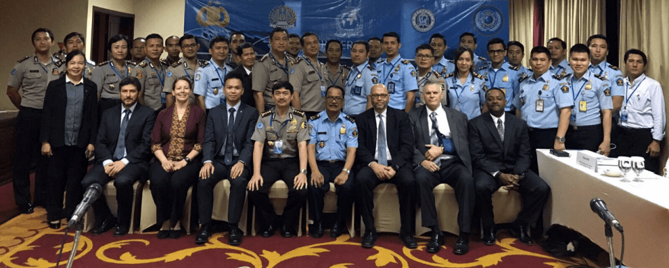 interpol washington collaborates with