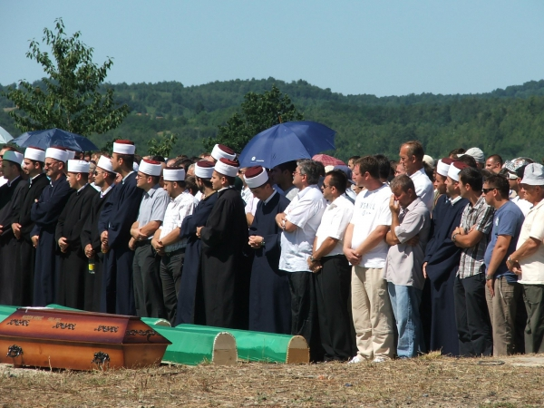 Funeral of identified missing persons, Bosnia