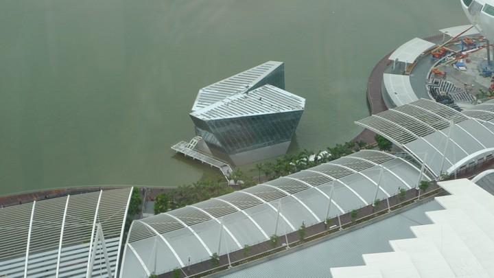 Louis Vuitton Island Maison At Marina Bay Sands 2