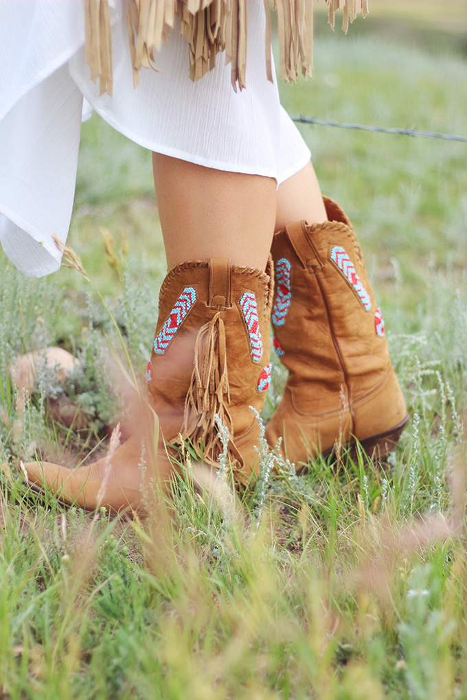 What to Wear to   The Calgary Stampede   Vintage Fringe Beaded Cowboy Boots // JustineCelina.com