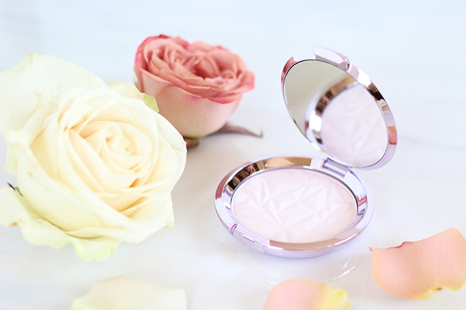 Spring 2017 Beauty Trend Guide | BECCA Shimmering Skin Perfector® Pressed- Prismatic Amethyst Photos, Review // JustineCelina.com