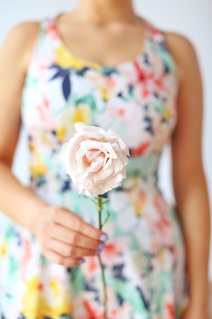 My 3rd Blogiversary + 10 Things I Learned in my Third Year of Blogging | Holding A Single Quicksand Rose + A Spring Dress | A Pantone Spring 2018 Inspired Birthday Celebration // JustineCelina.com