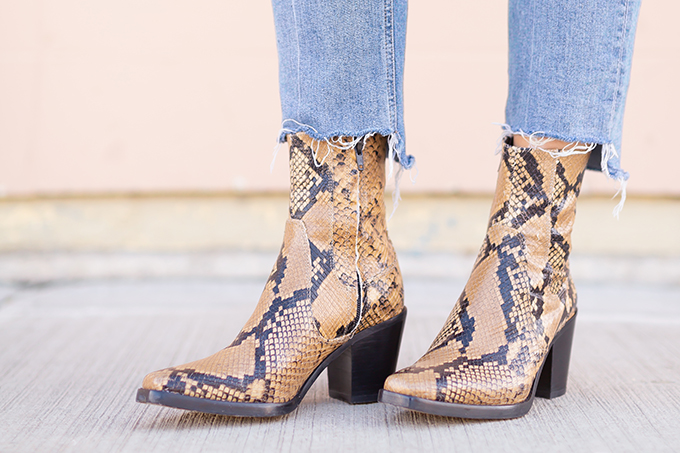 Spring 2019 Trend Guide | Modern Western: How to Style Snakeskin Ankle Boots for Transitional Winter to Spring Weather | Zara Western Snakeskin Ankle Boots Styled With Cropped, Stem Raw Hem Jeans | Bohemian Spring Transitional Style Ideas | How to Wear the Western Trend for 2019 | Calgary, Alberta, Canada Fashion & Lifestyle Blogger // JustineCelina.com