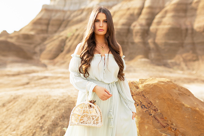 LATE SUMMER 2019 LOOKBOOK | Mint Condition: How to Style Maxi Dresses for Transitional Weather l Summer/Fall 2019 Bohemian Outfit Ideas | How to Wear a Long Sleeved Maxi Dress into Fall | How to Wear Mint | Brunette woman wearing a flowy, mint, long-sleeved maxi dress, brown wedge heeled espadrilles and a cream knotted bag | Top Summer to Fall 2019 Transitional Trends and how to wear them | HooDoos, Drumheller Bandlands, Alberta | Calgary Fashion Blogger // JustineCelina.com