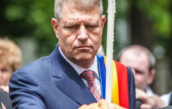 Dosarele penale privind mafia imobiliara sibiană, condusă direct de Klaus Iohannis, au fost ținute ascuns la DNA, ani de zile,...