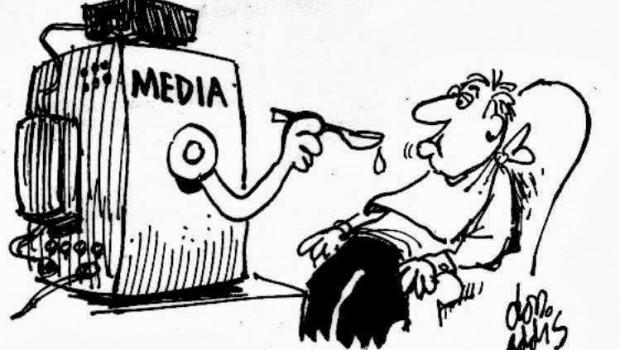 Imagini pentru manipularea prin media photos
