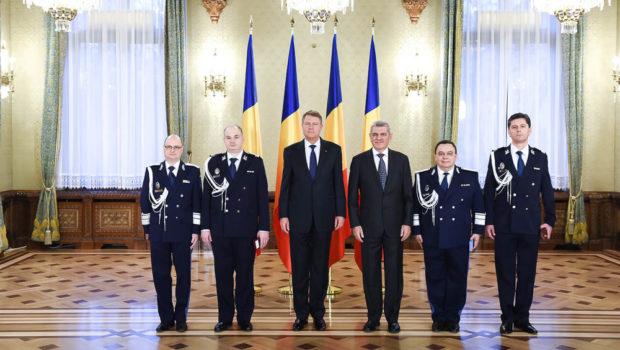 După demisia lui Ionel Sorinel, Serviciul de Telecomunicații Speciale (STS) va fi condus interimar de… Ionel Sorin. Generalul-locotenent Ionel […]