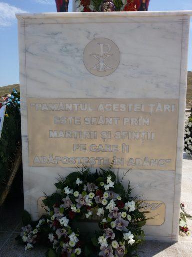 Monument din judeţul Constanţa ridicat în memoria veteranilor români ucişi în lagărele de exterminare comuniste de la Canal