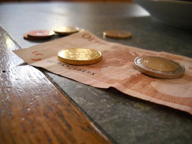 Gastos de notaria - Dinero - Justito