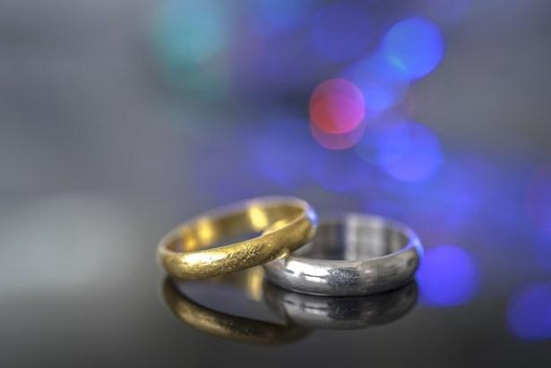 viudo legado anillo justito