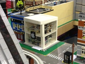 LEGO Apple Store in the ILUGNY display