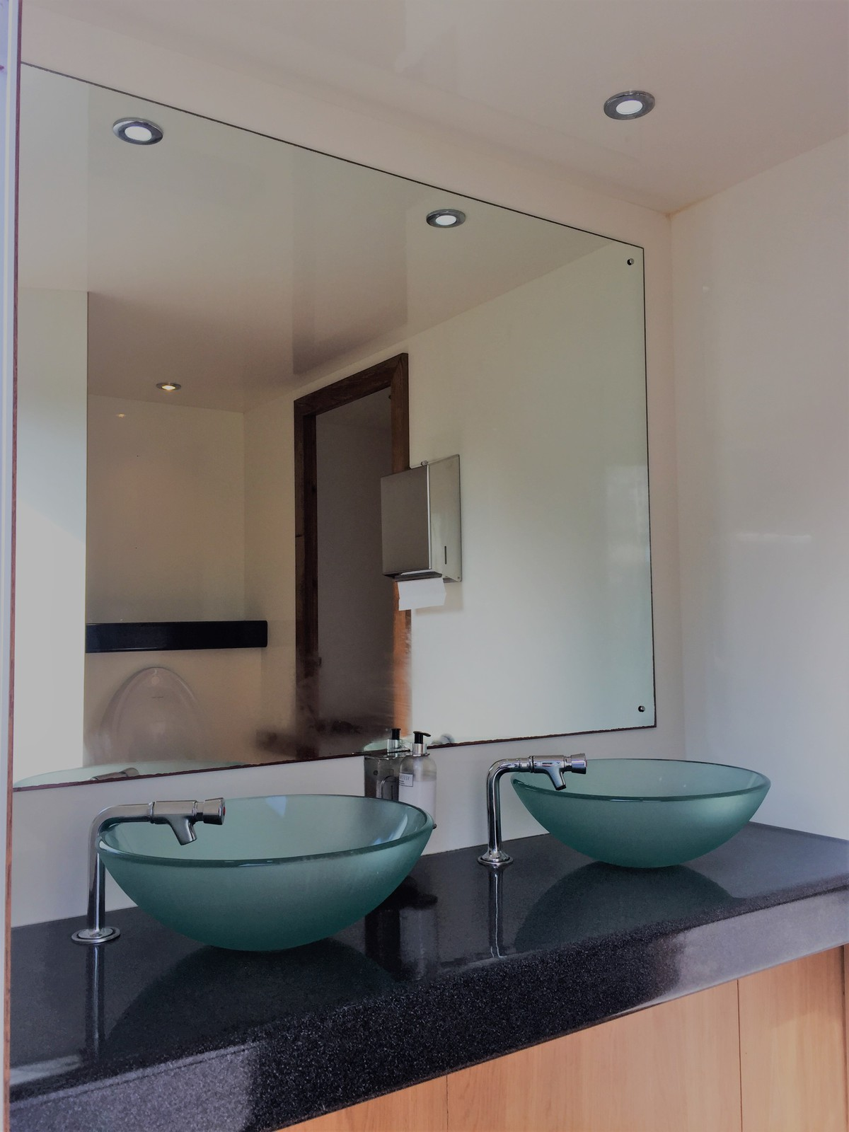 premier-21-toilet-trailer-996