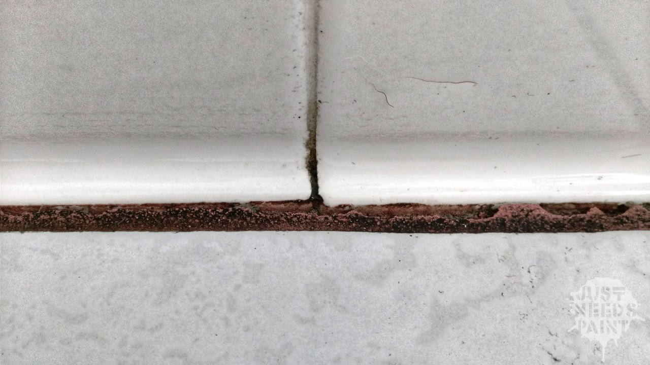 Eliminate Cracks In Tiled Wall Corners Caulk Vs Grout Just Needs Paint,Furnishing A New Home