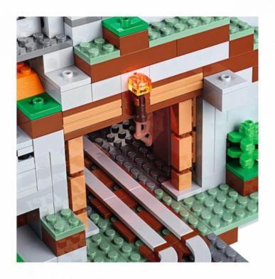 LEGO Minecraft Mountain (6)