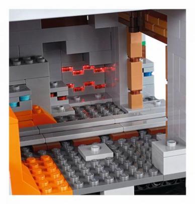 LEGO Minecraft Mountain (7)
