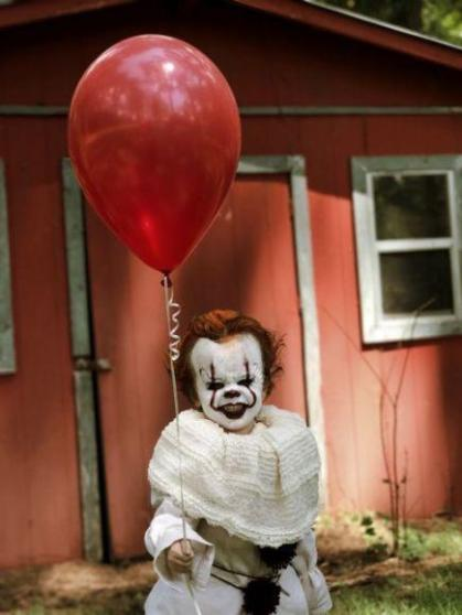 Pennywise Cosplay (1)