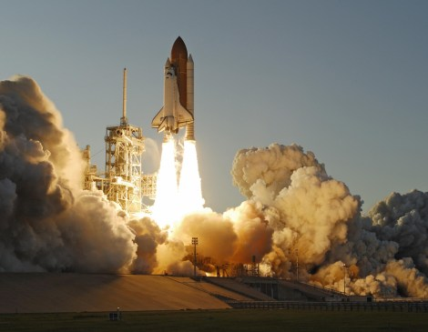 07-20-2015_Space Shuttle taking off