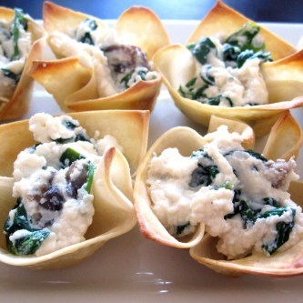 Wonton Cups with Spinach and Mushroom Ricotta Filling
