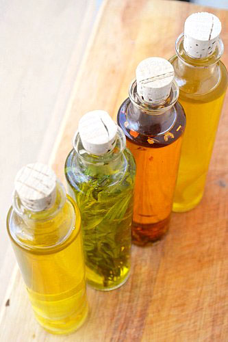how to make infused olive oil with fresh herbs