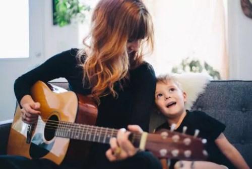 Características de mães mentalmente fortes - Just Real Moms