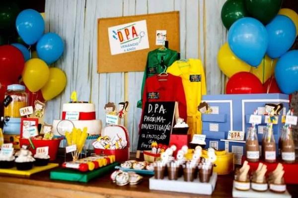 Festa com tema Detetives do Prédio Azul - Just Real Moms
