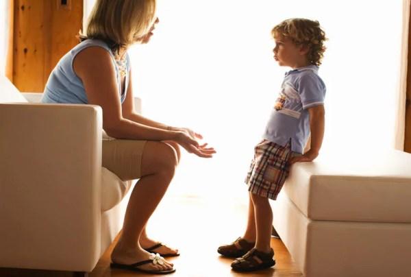 Elogie em público e corrija em particular, mas sem machucar - Just Real Moms