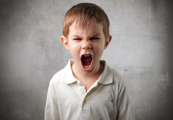 Como desarmar o chilique de uma criança com uma pergunta