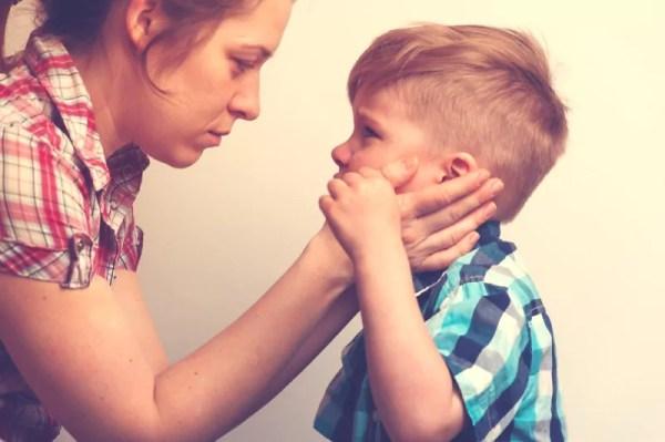 5 motivos para você não engolir o choro (nem mandar seu filho engolir) - por Ana Paula Puga