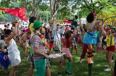 Programação animada para crianças em Brasília - por bora.ai
