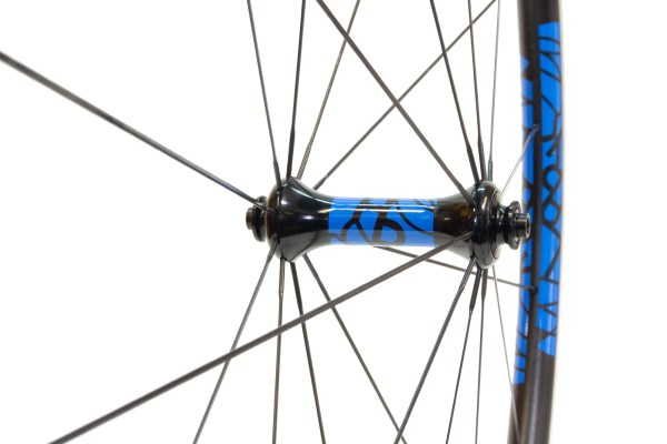 Lark Light straight-pull front hub with mid-blue single colour decals