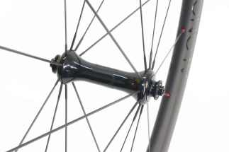 SP road radial front hub