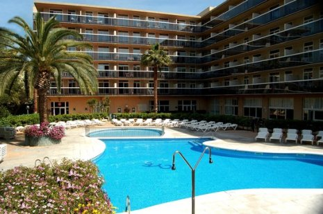 aparthotel-cye-holiday