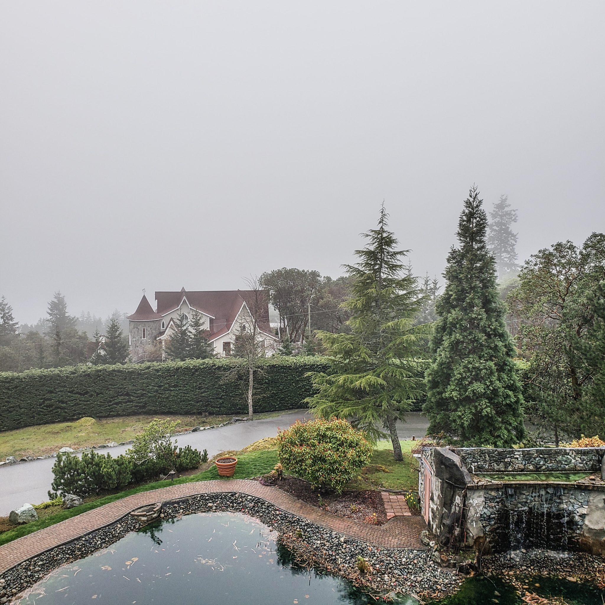 British Columbia's Hidden Paradise: Villa Eyrie Resort