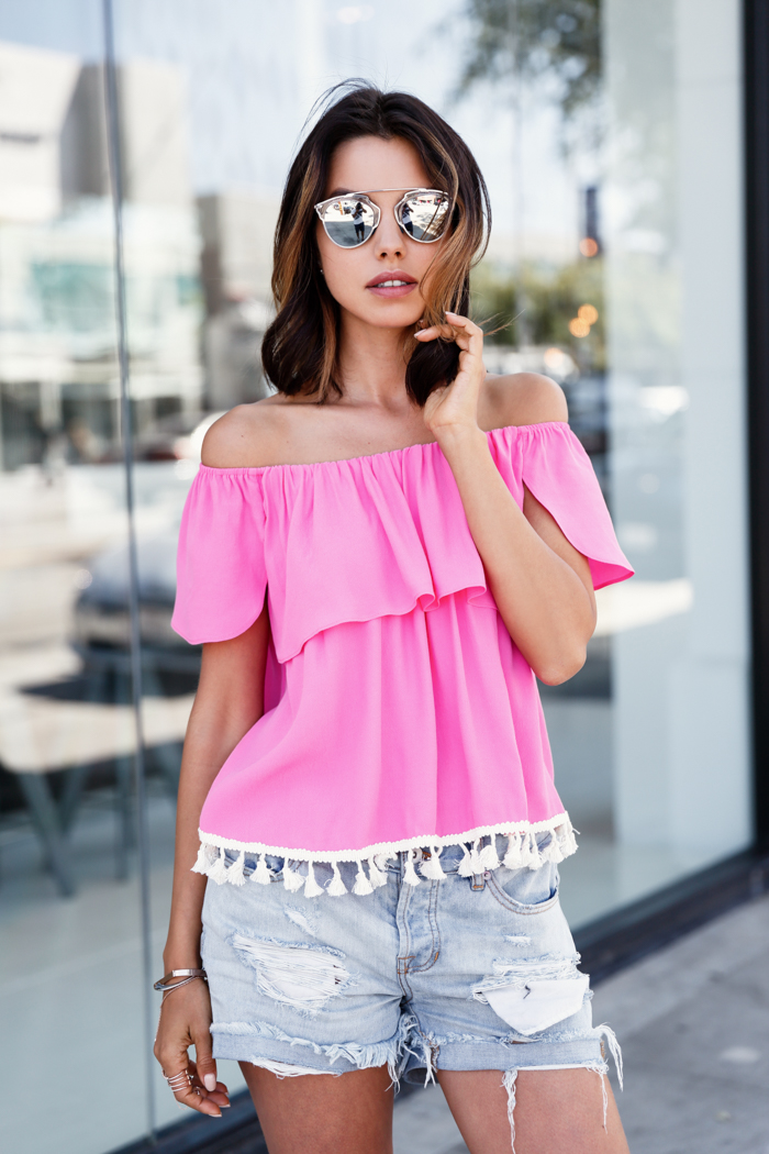 This Is How You Should Wear The OffTheShoulder Trend  Just The Design