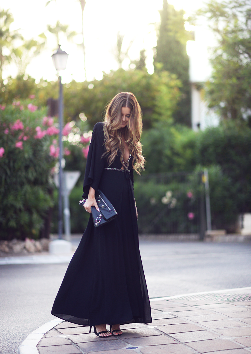 Maxi Dress Outfits How To Wear A Maxi Dress  Read On  Just The Design